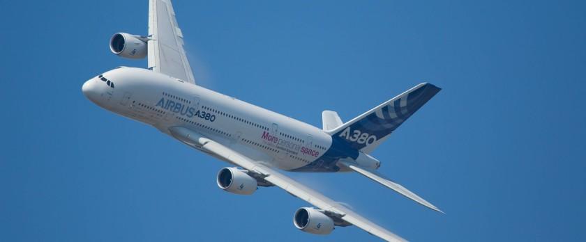 aircraft-1417041_1280
